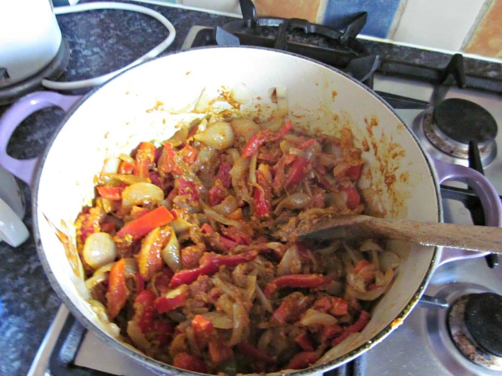 easy chicken tikka recipe - fry the ingredients