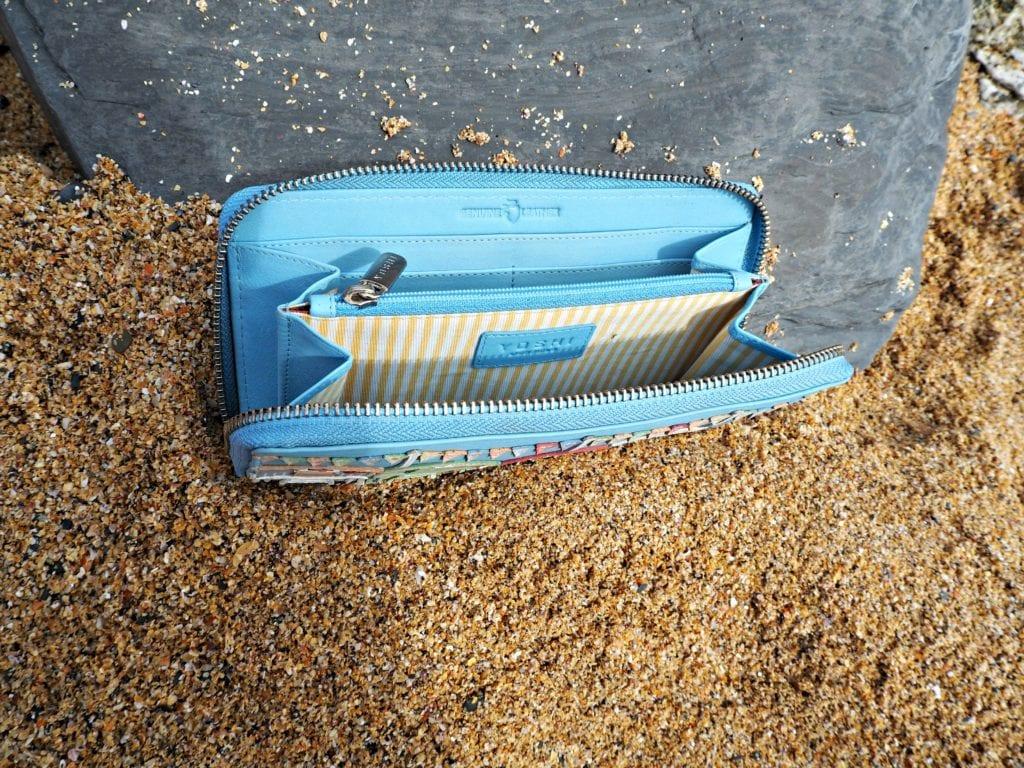 Yoshi Review - Beach Hut purse inside