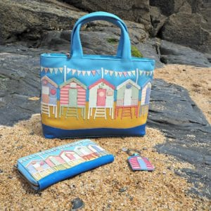 Yoshi Beach Hut bag purse and keyring