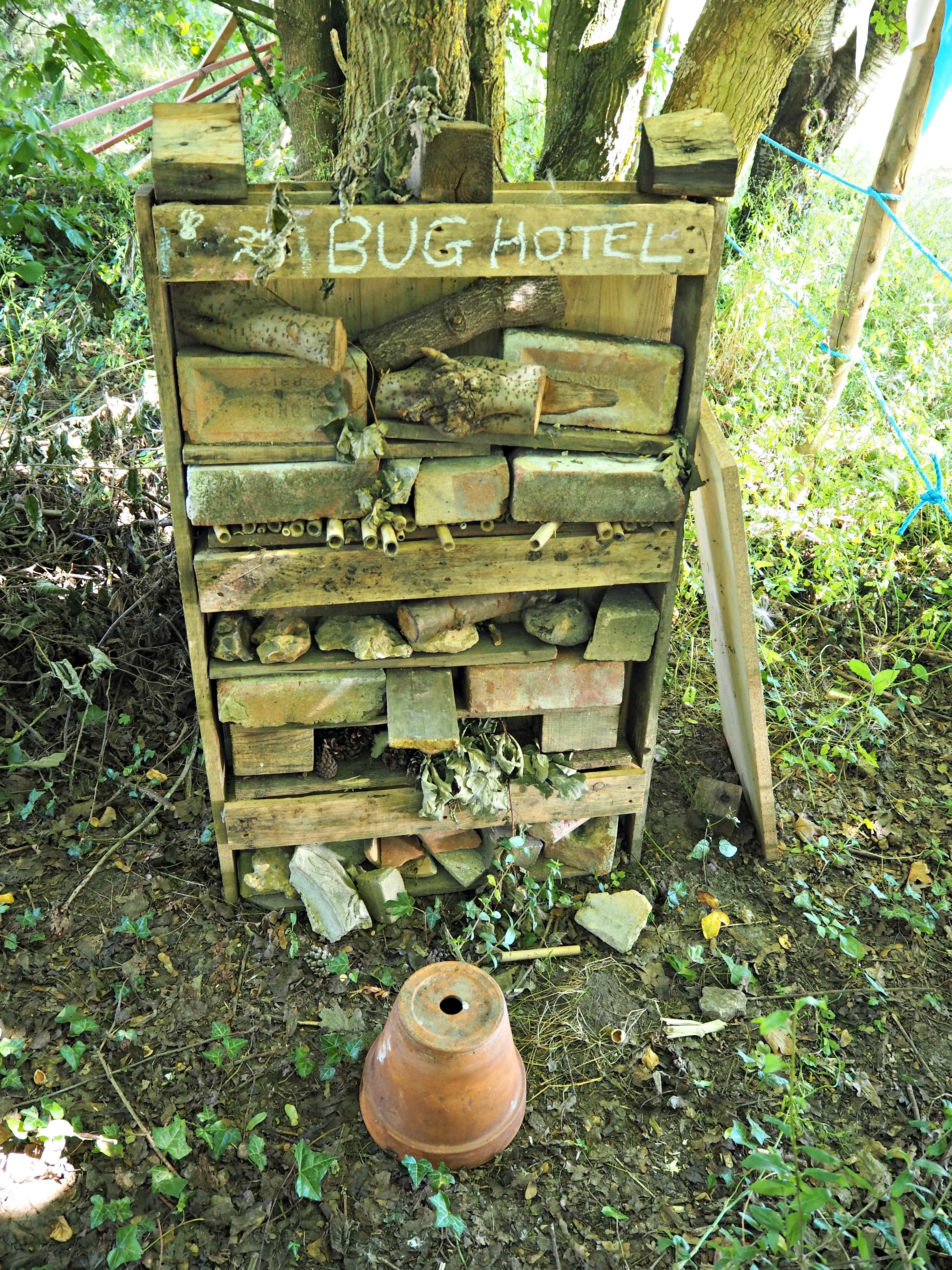 little-muddy-boots-review-bug-hotel