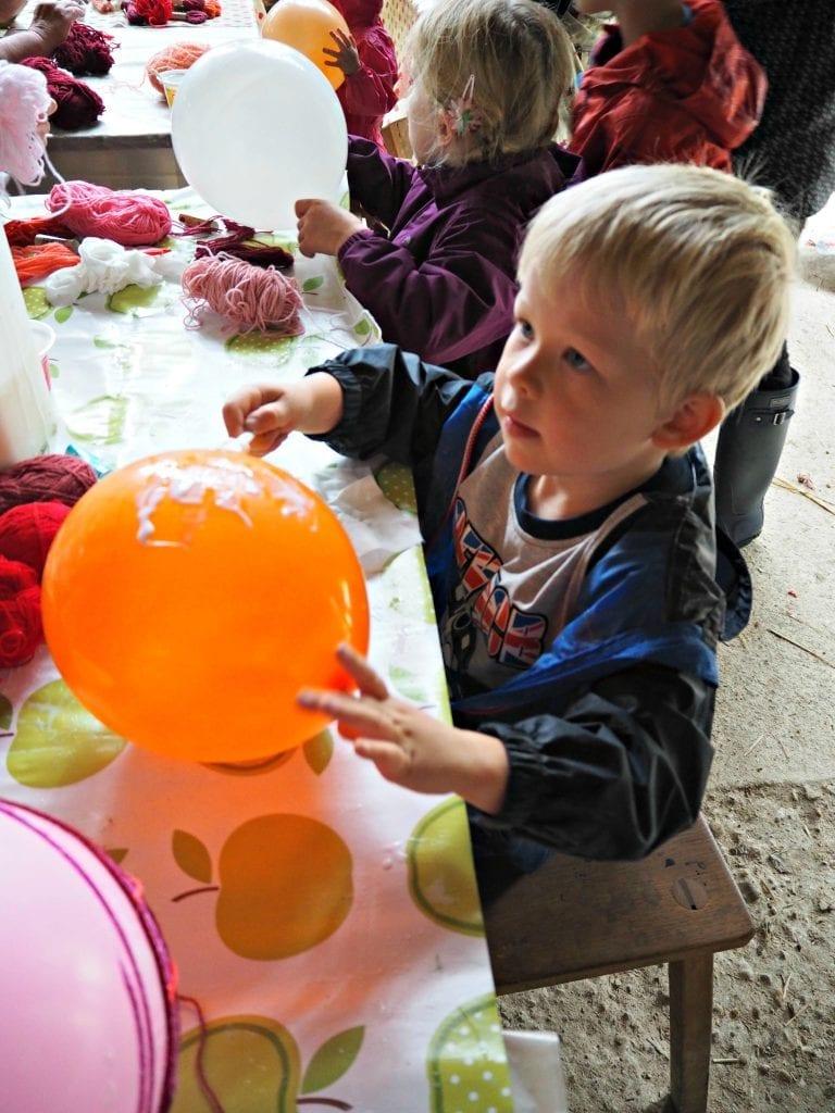 logan-balloon-making