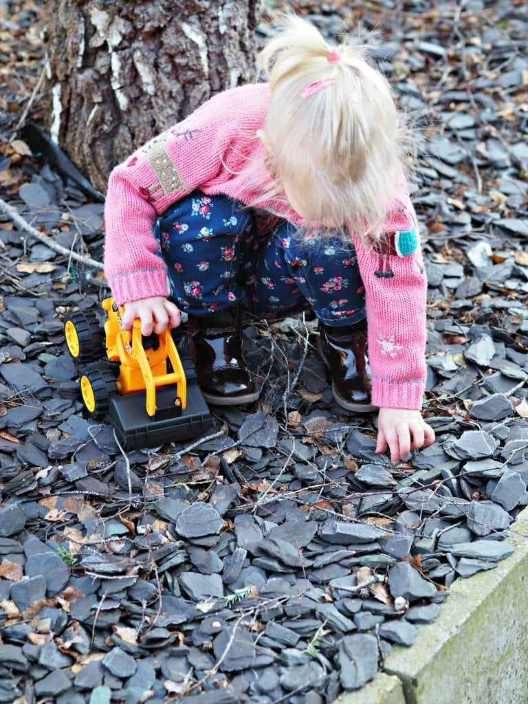 JCB Kids Wheel Loads Toys Review - Aria playing 3