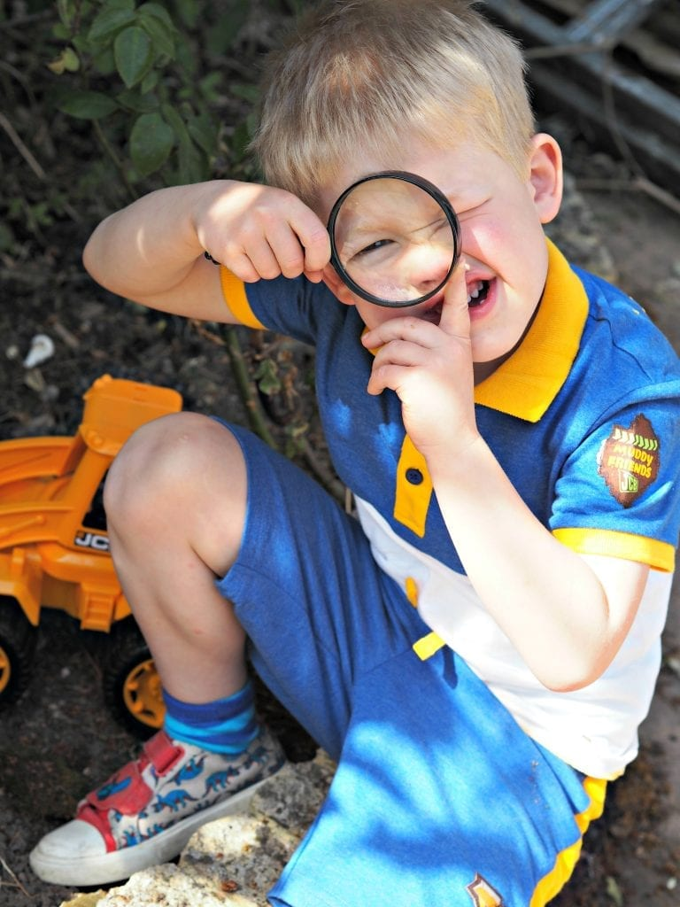 JCB Kids M&Co Shorts and Polo Shirt - Logan with magnifying glass