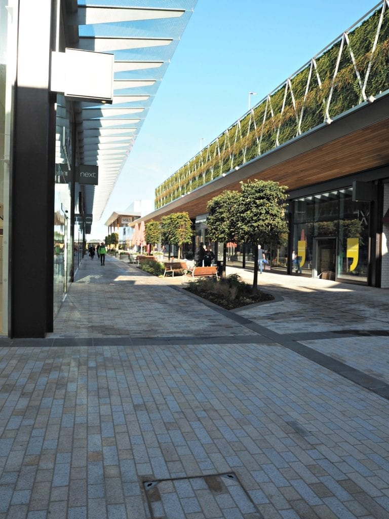 The Opening of the Lexicon in Bracknell - The Avenue