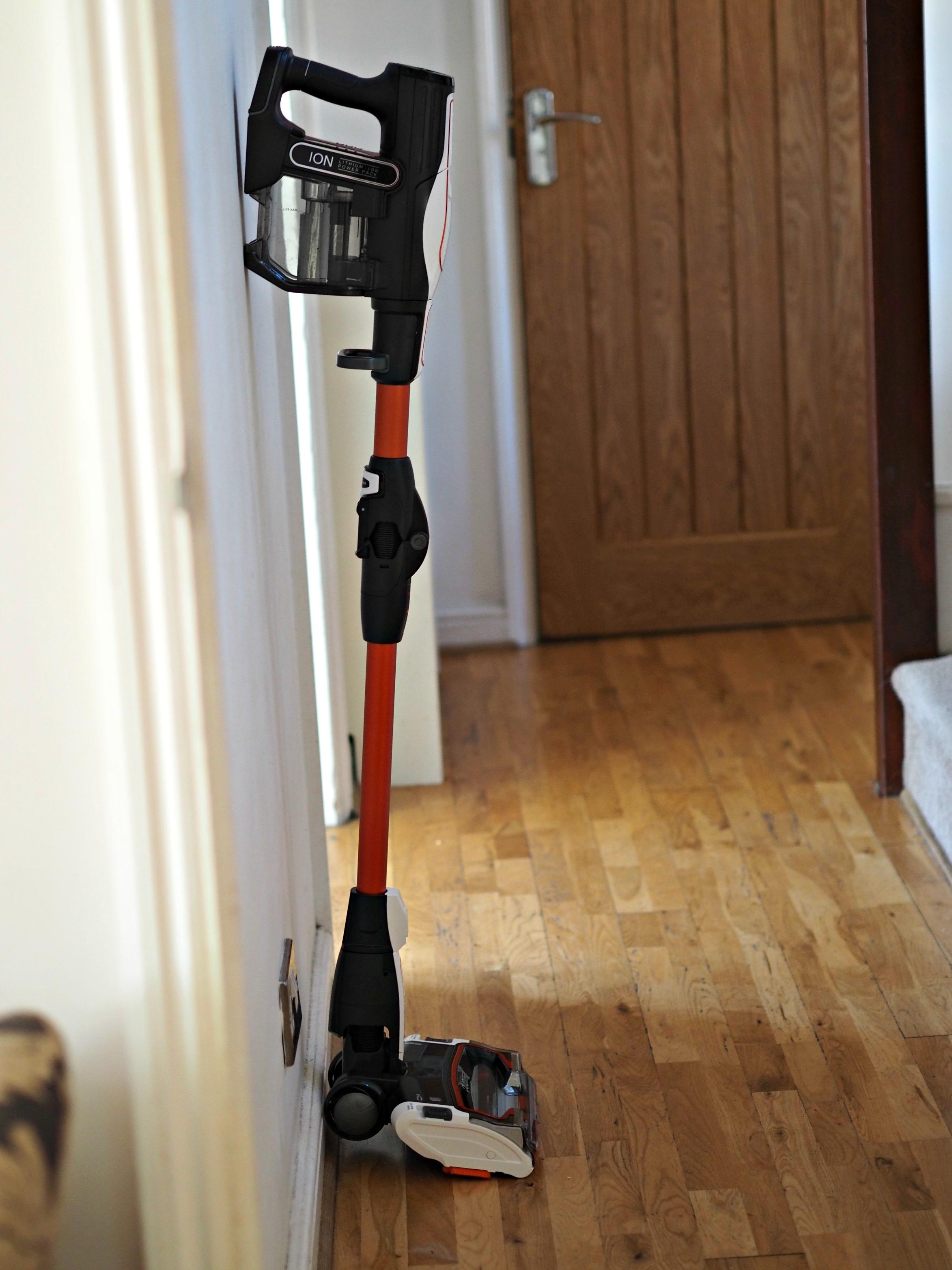 shark cordless duo clean if250uk vacuum cleaner laura 39 s. Black Bedroom Furniture Sets. Home Design Ideas
