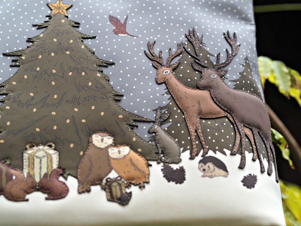 Yoshi Winter Wonderland Handbag - applique animals 2