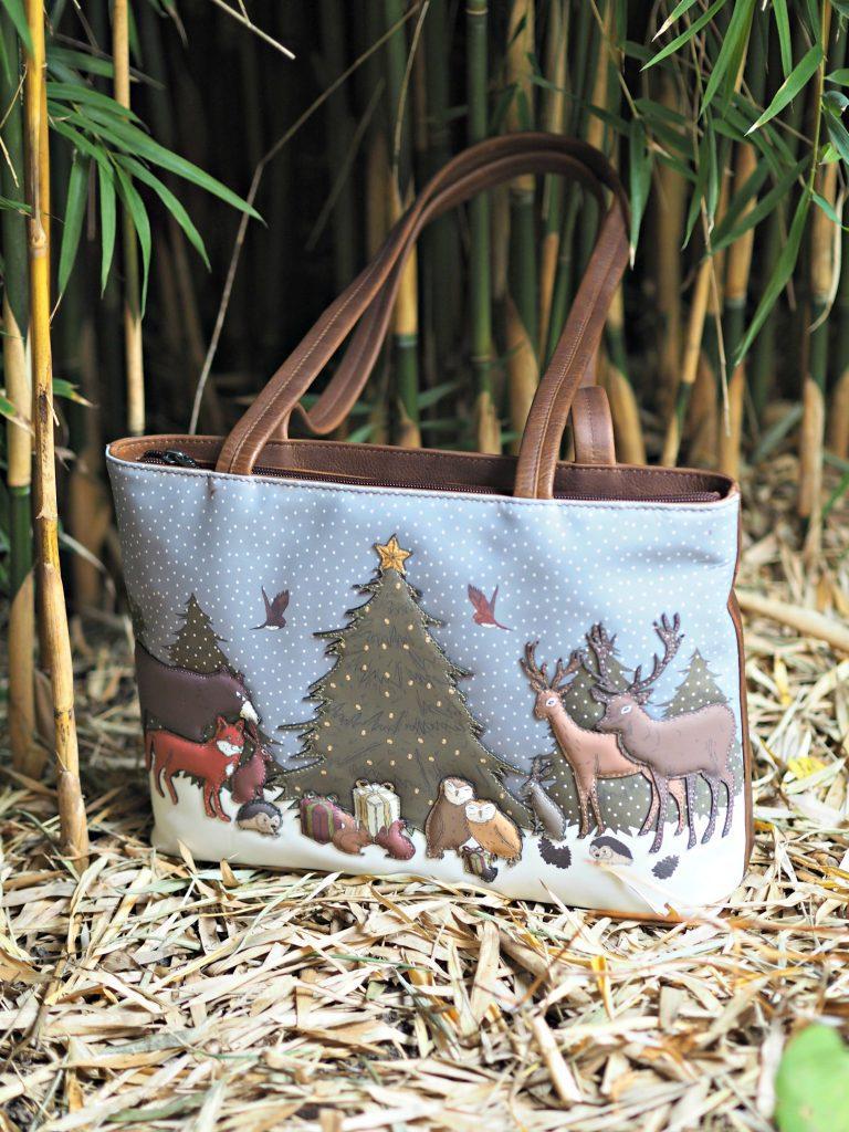 Yoshi Winter Wonderland Handbag - in the bushes