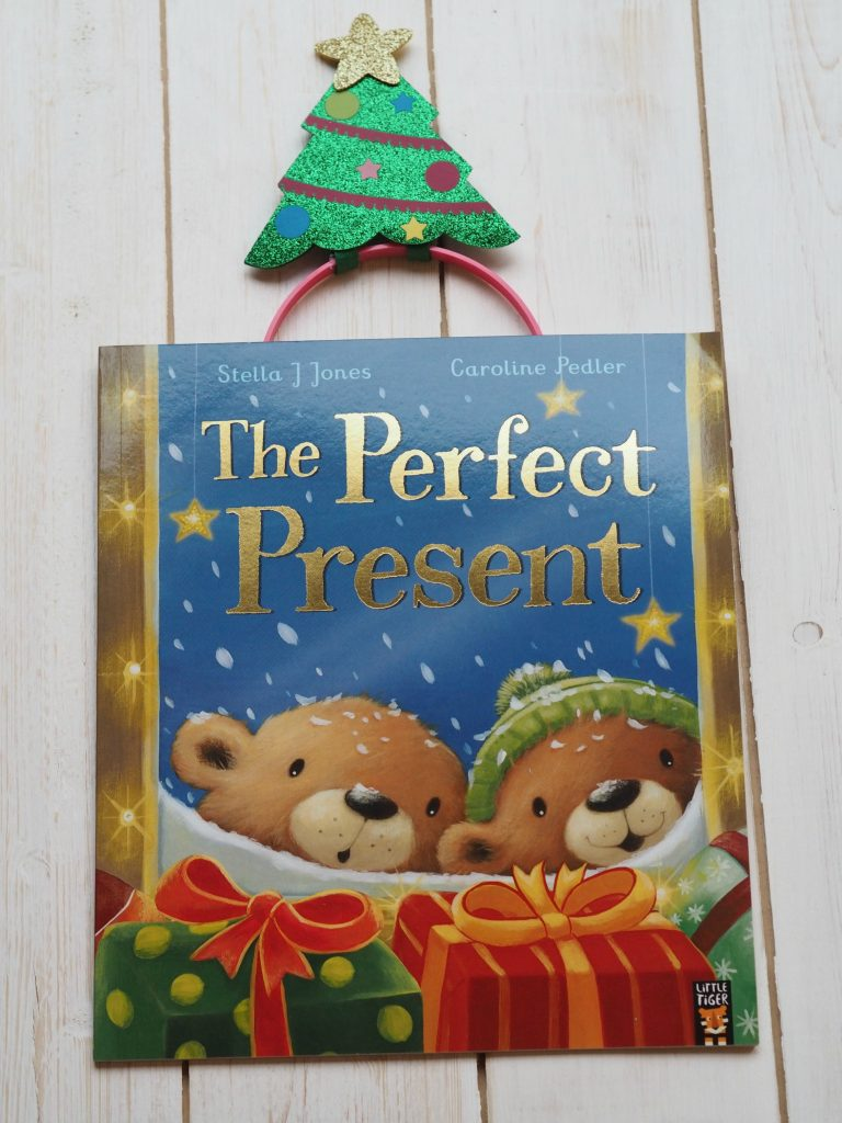New Christmas Books Roundup - December 2017 - The Perfect Present