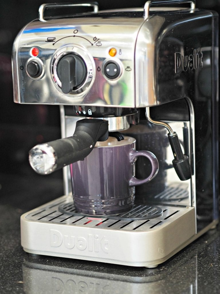 BEN'S ZONE: Dualit DCM2X 84440 Expresso Machine Review