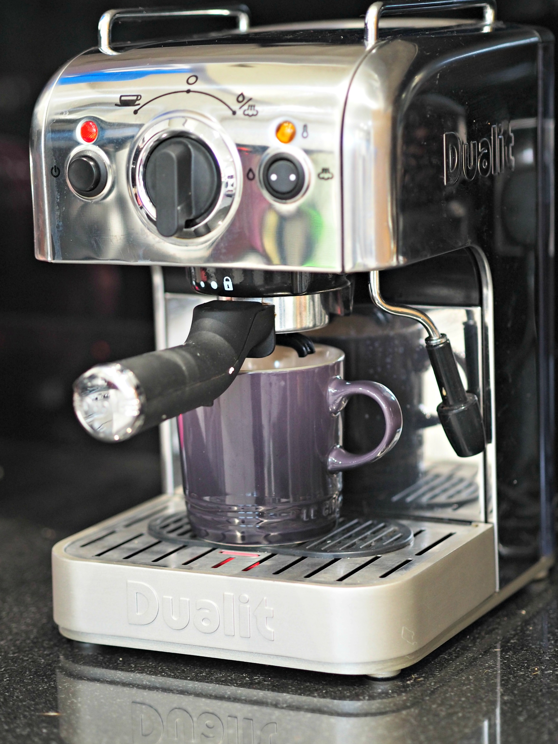 BEN'S ZONE: Dualit DCM2X 84440 Espresso Machine Review