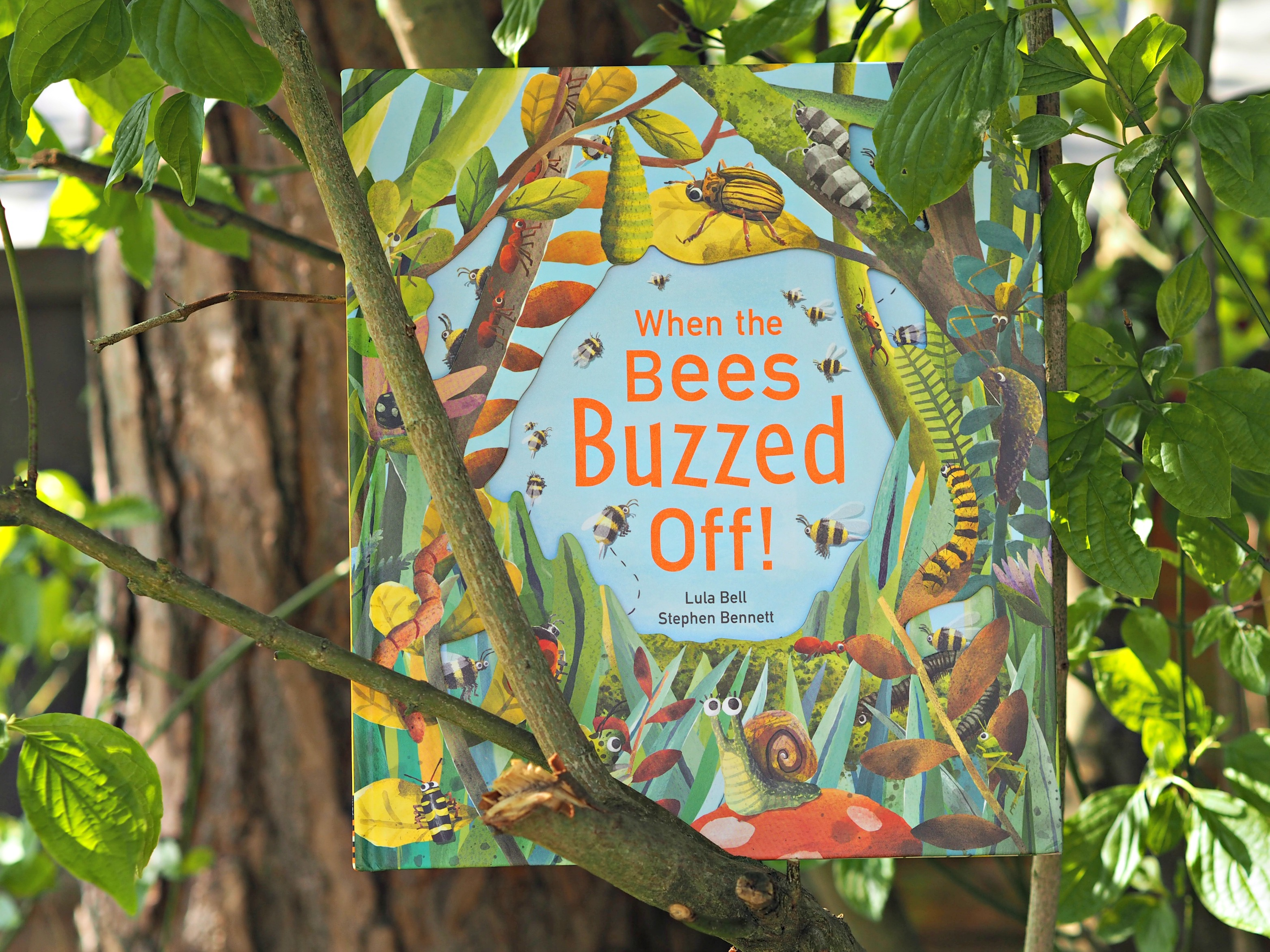 CHILDREN'S BOOK REVIEW When the Bees Buzzed Off - book cover