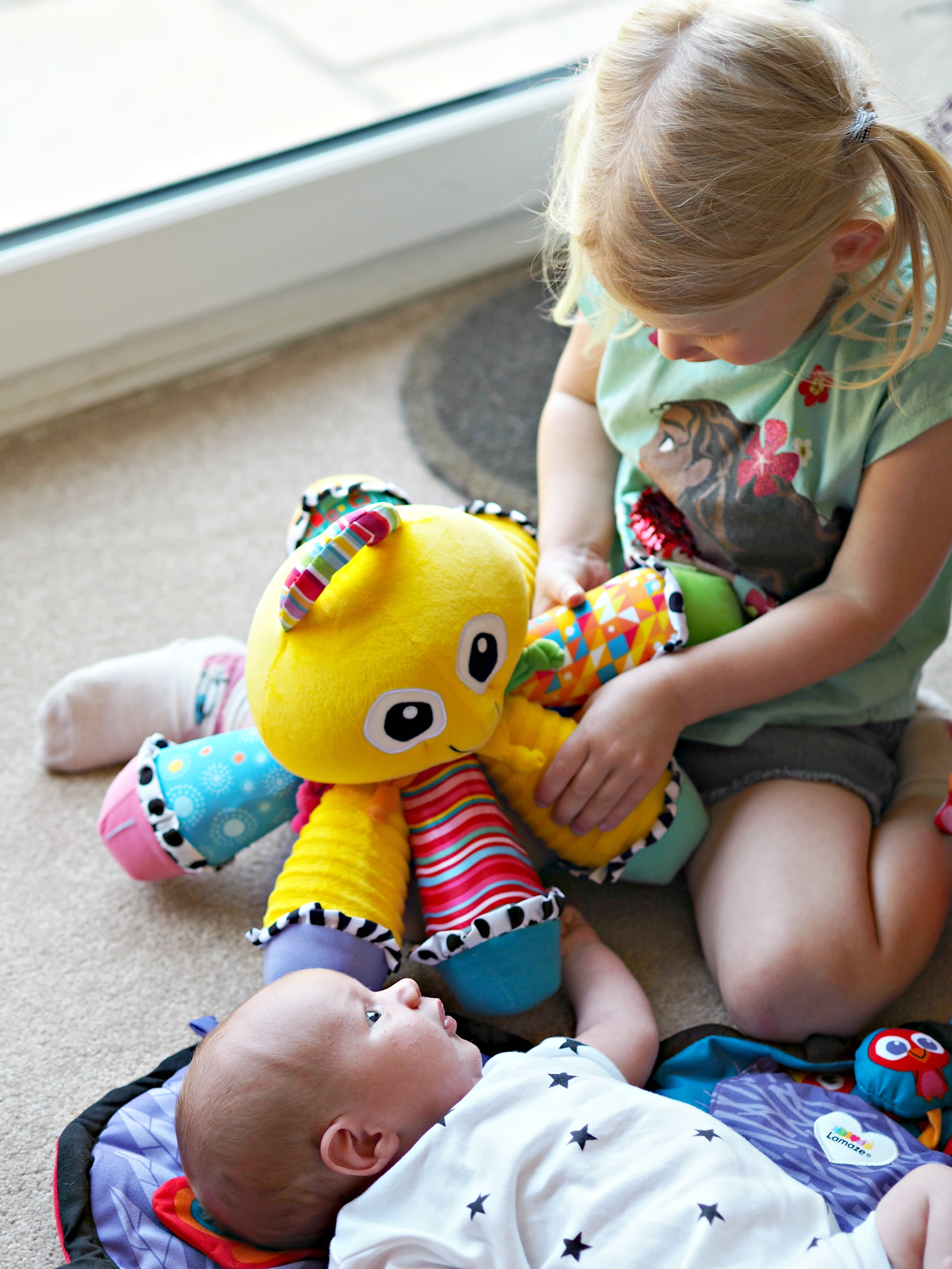Encouraging Baby's Development with Tomy Lamaze - Aria playing with Bo