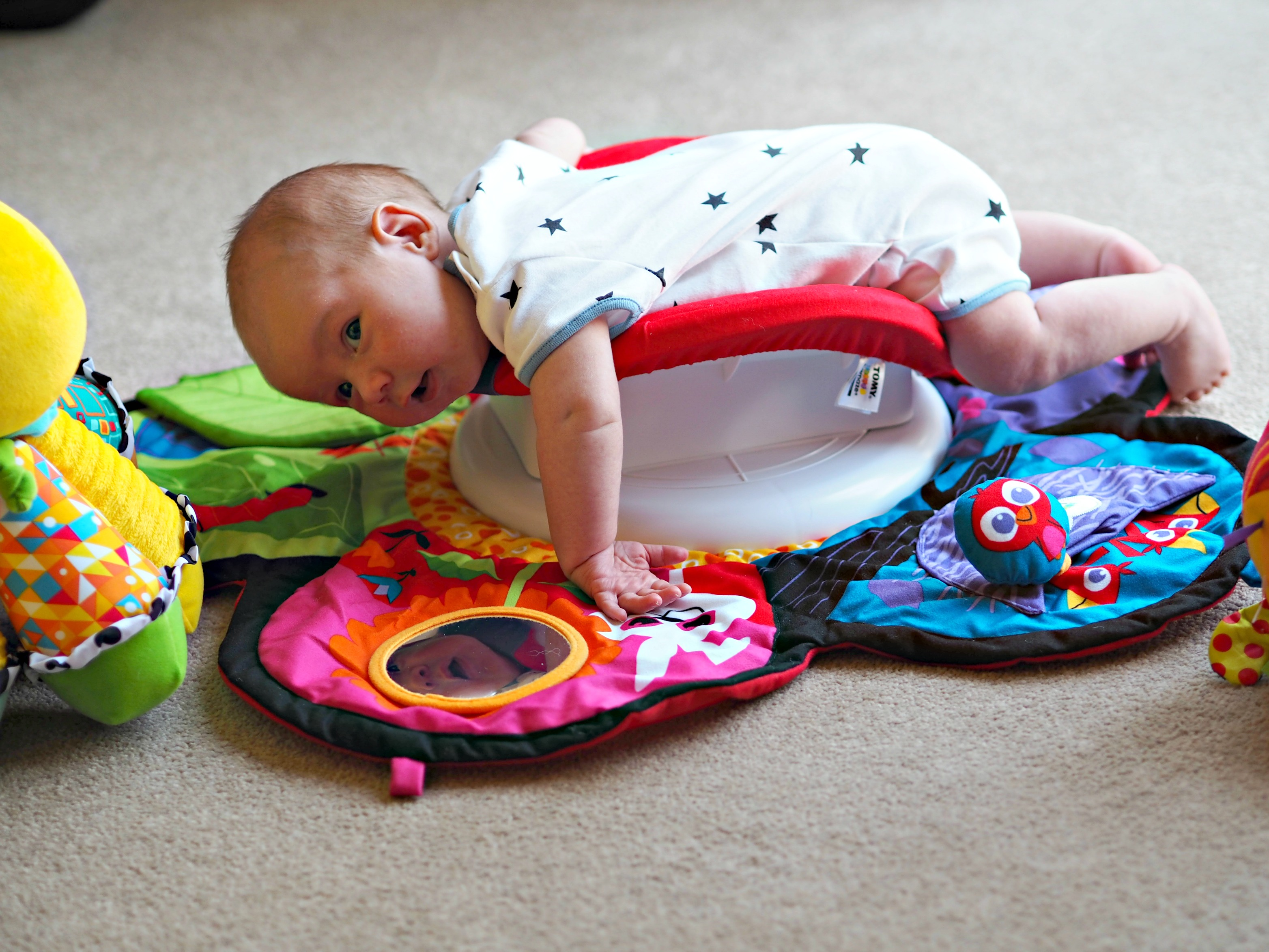 Encouraging Baby's Development with Tomy Lamaze - baby gym