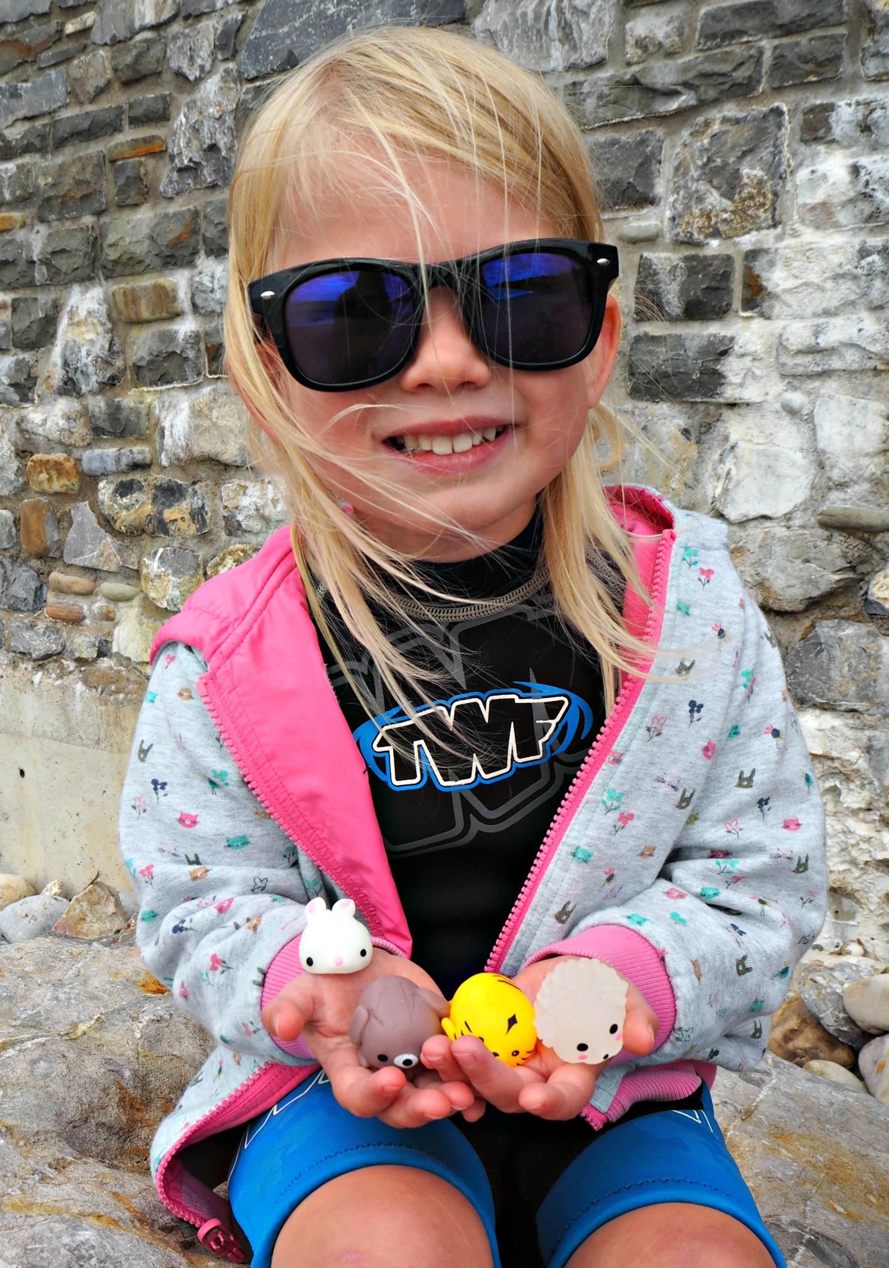 Moj Moj Tiny Toys to Fit in your Suitcase - Aria with Moj toys