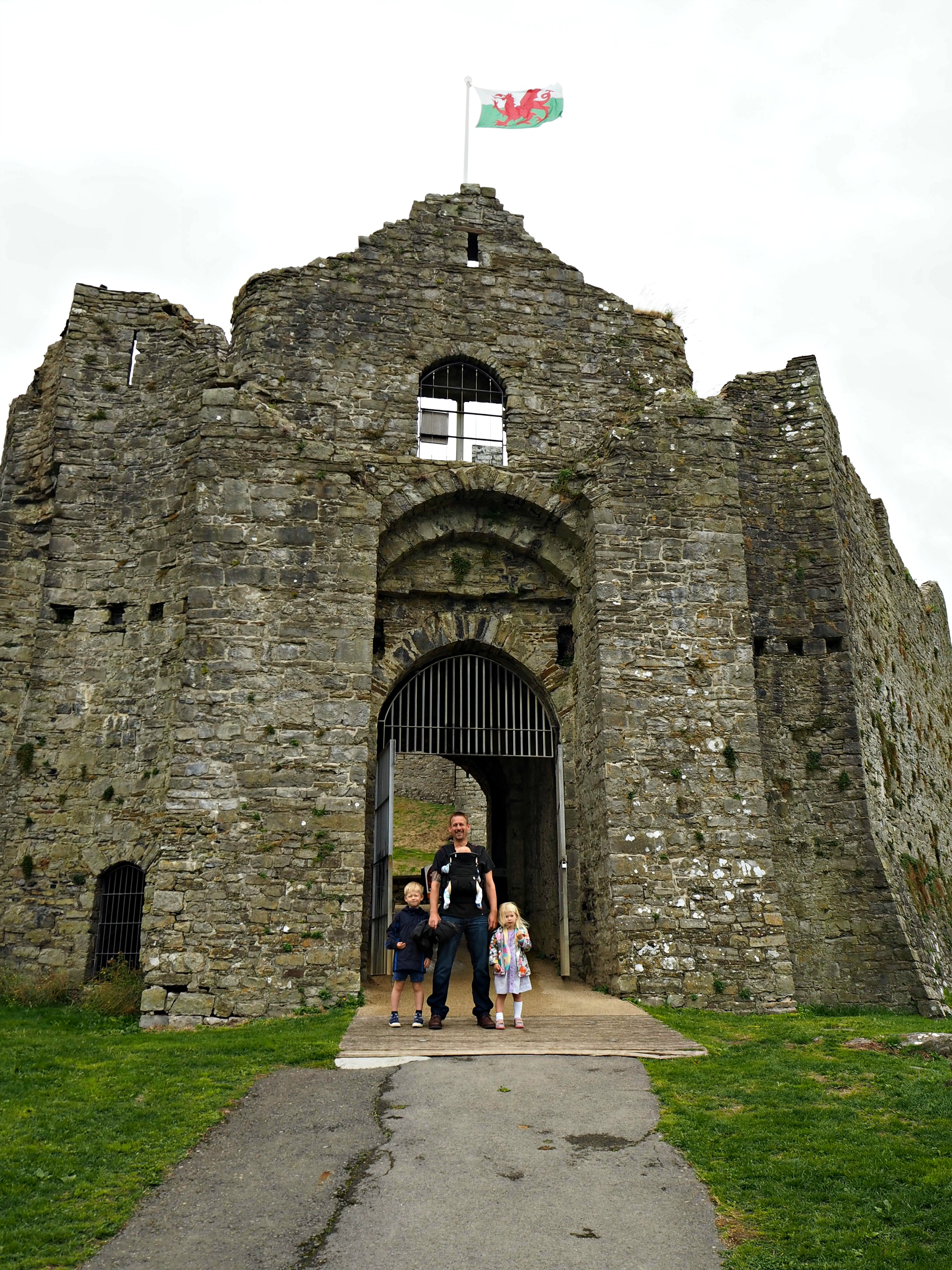 Our Welsh Holiday Highlights - Summer 2018 - Oystermouth Castle