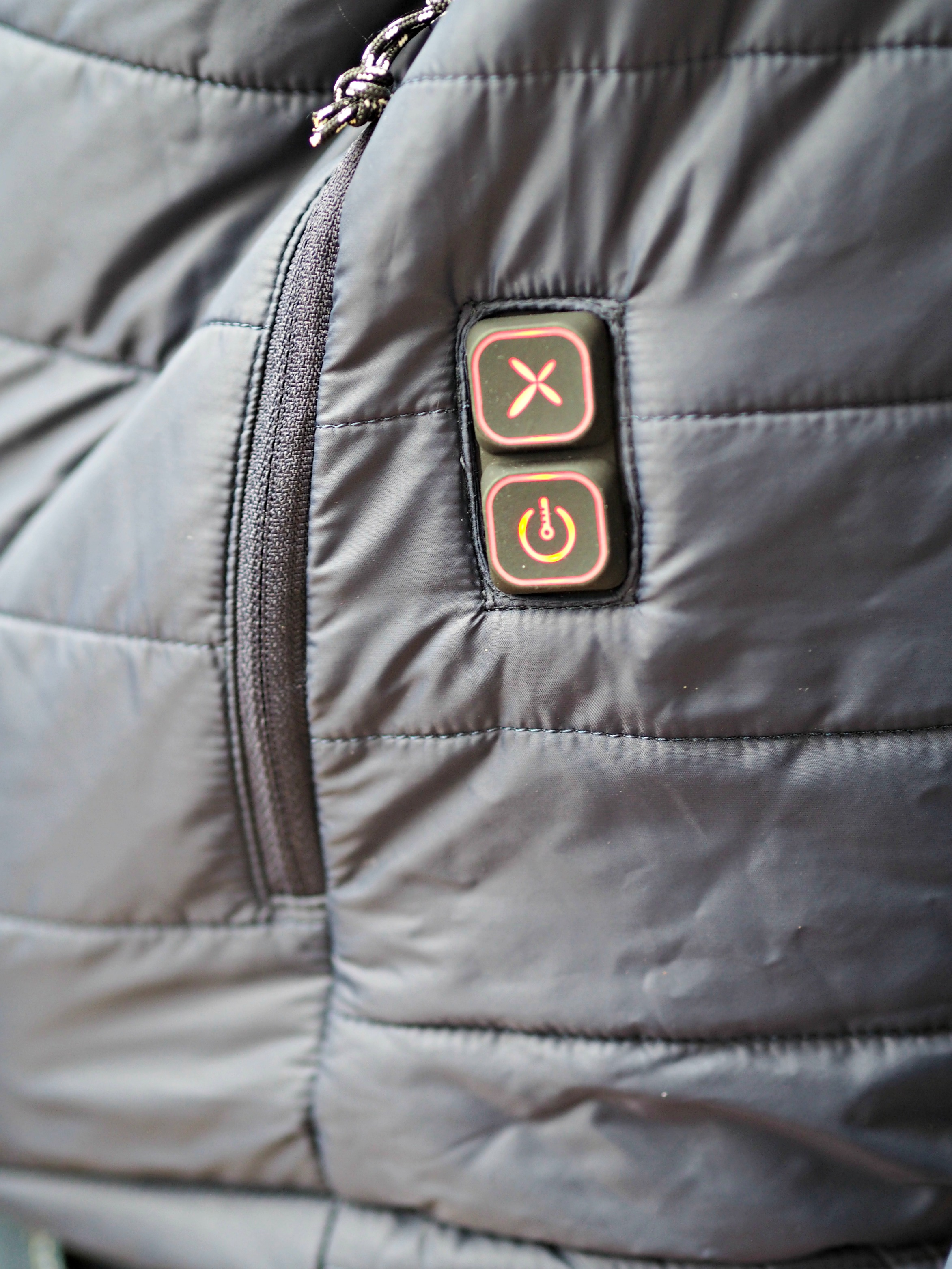 Flexwarm 8k Heated Jacket Review - button controls