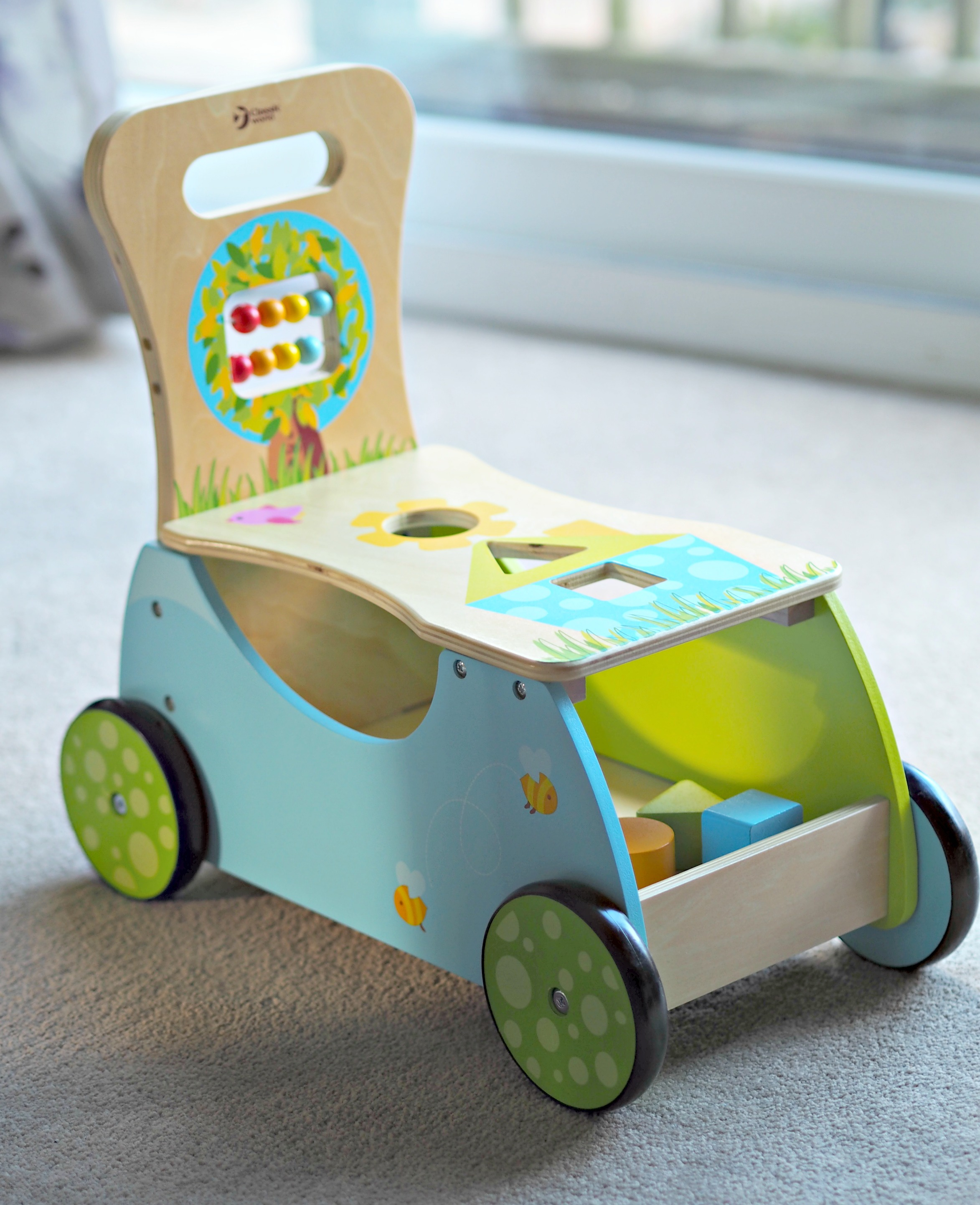 Hippy Chick Classic World Rider and Walker Review - walker on its own
