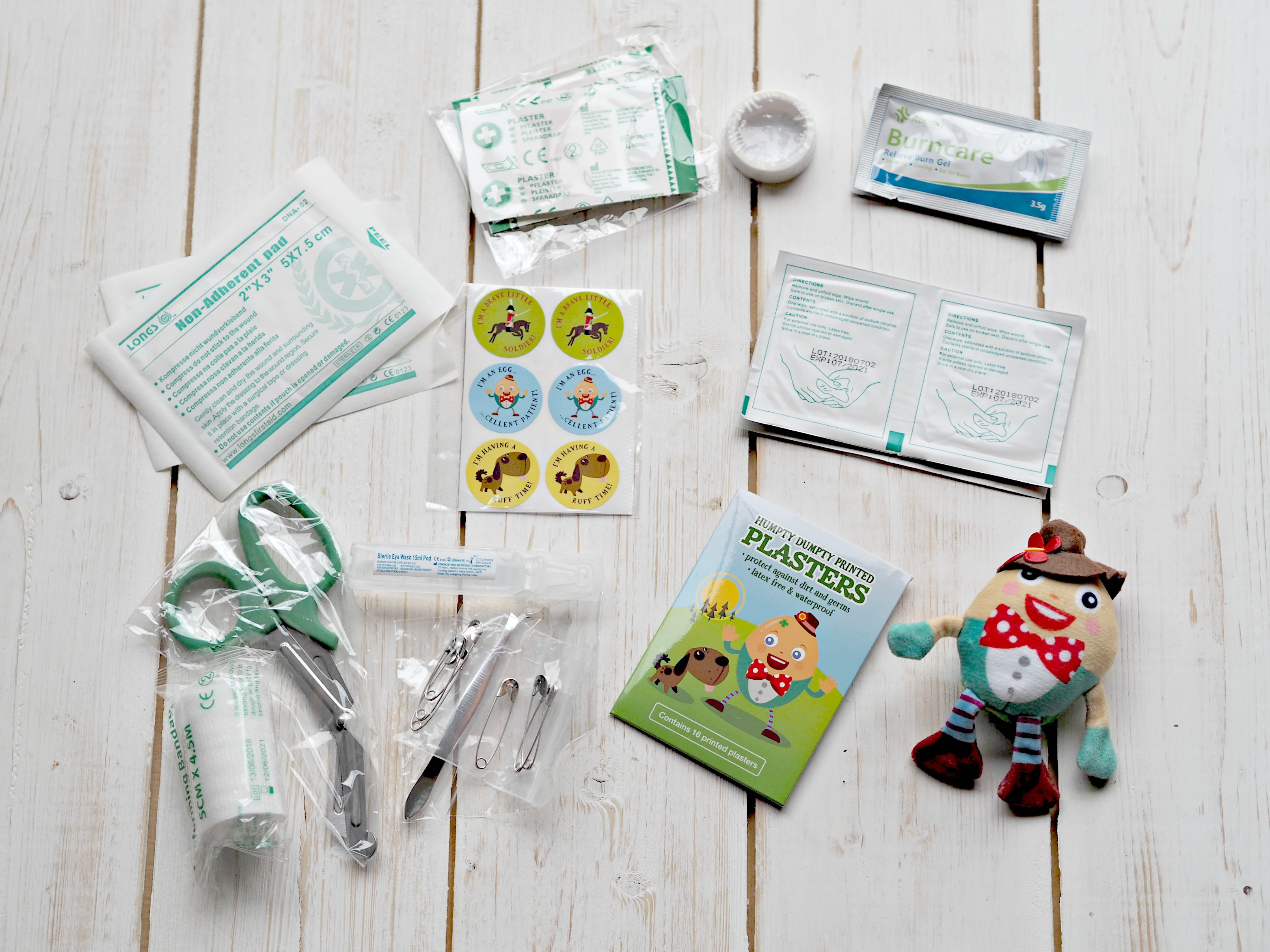 Yellodoor Baby First Aid Kit - Review and Giveaway - contents