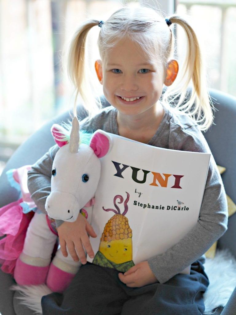 CHILDREN'S BOOK REVIEW: Yuni by Stephanie DiCarlo