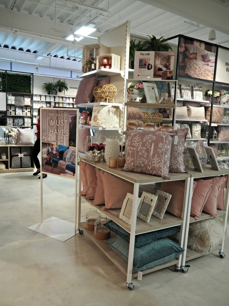 The Opening of Matalan in The Lexicon Bracknell - home
