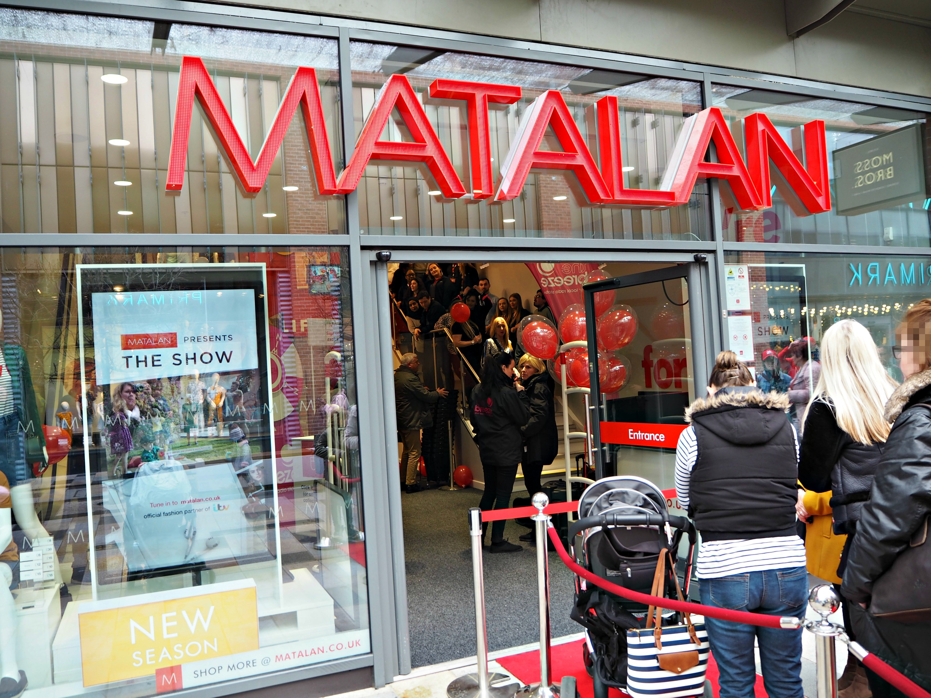The Opening of Matalan in The Lexicon Bracknell - the queue
