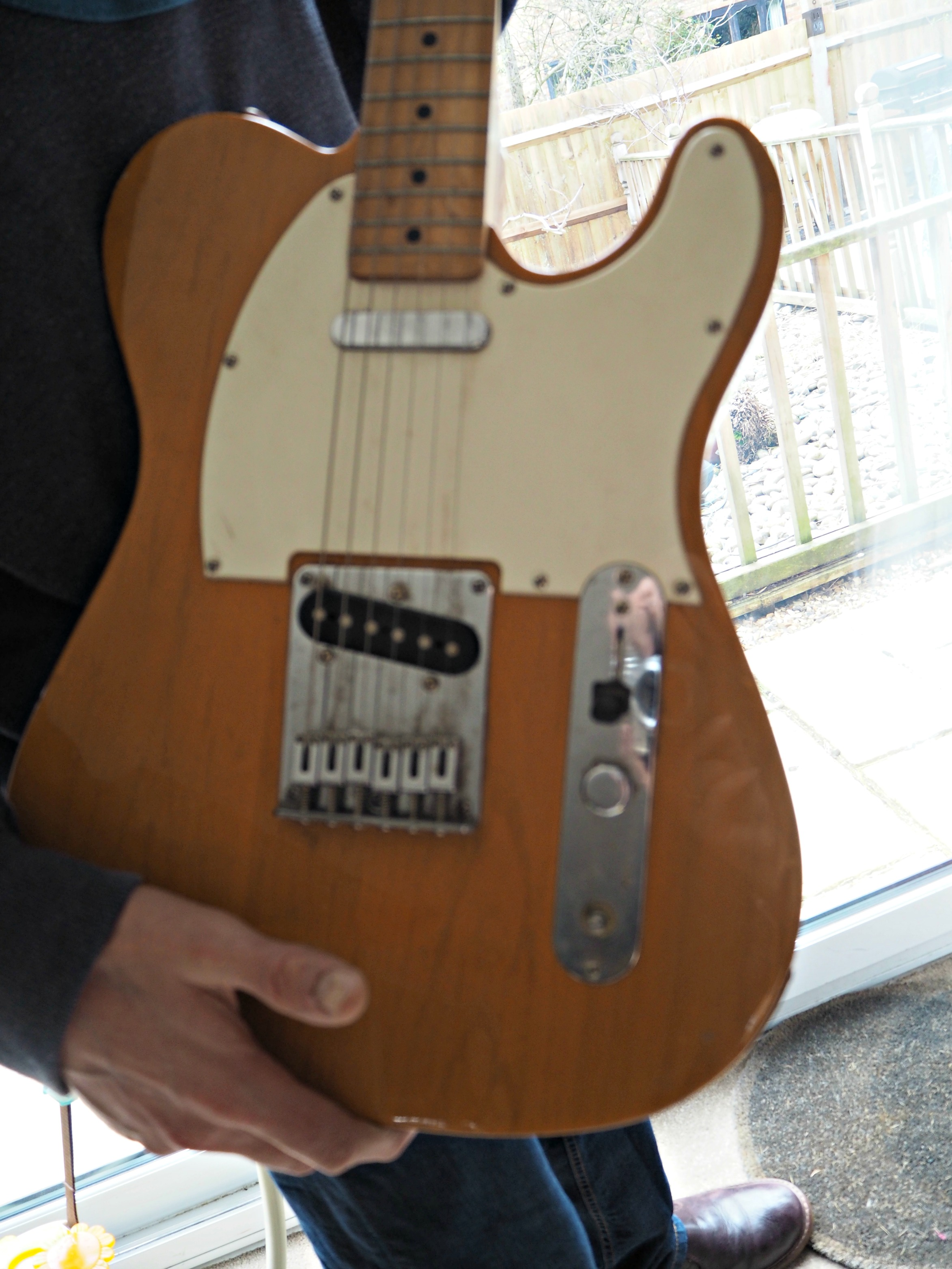 Renovating a Squier Telecaster (Part 1) - before picture of guitar