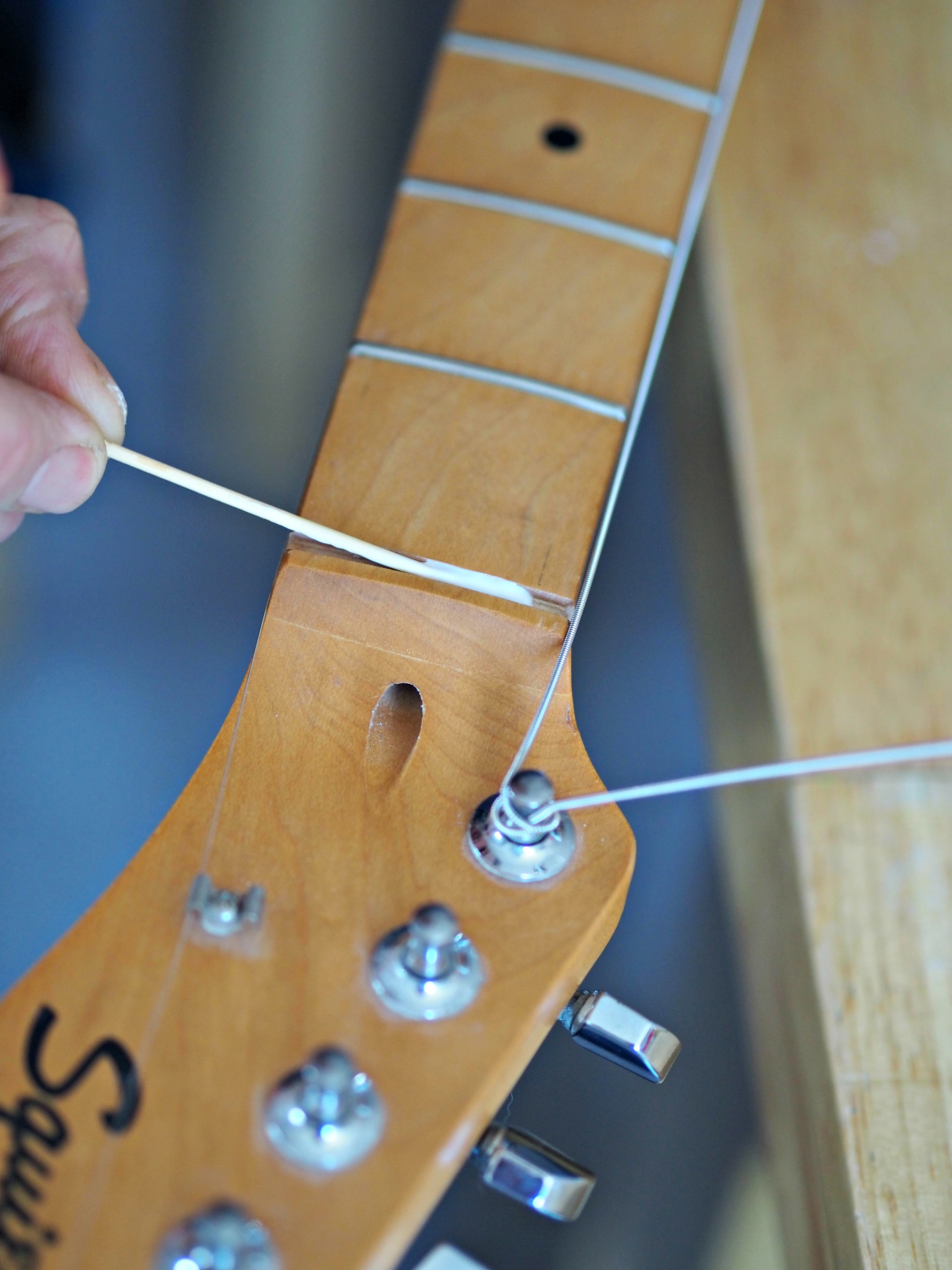Renovating a Squier Telecaster (Part 2) - sticking the nut in