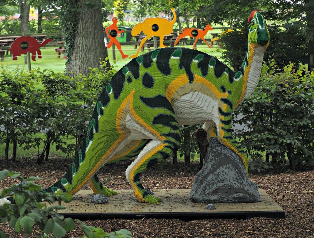 Brickosaurus green lego dinosaur