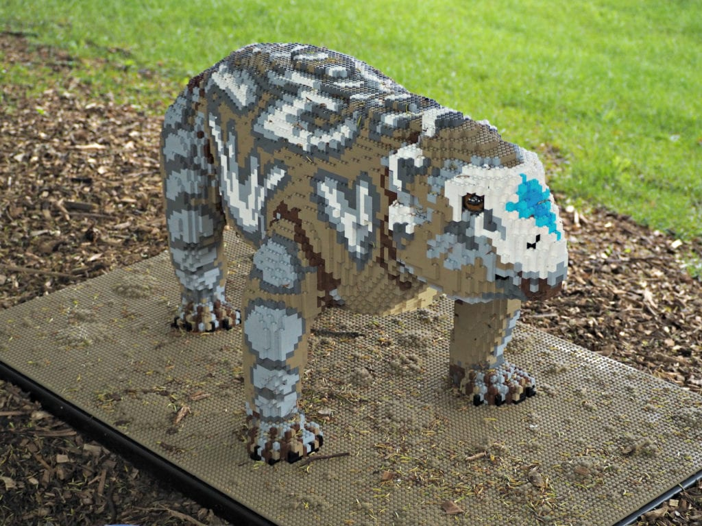 Brickosaurus lego dinosaur