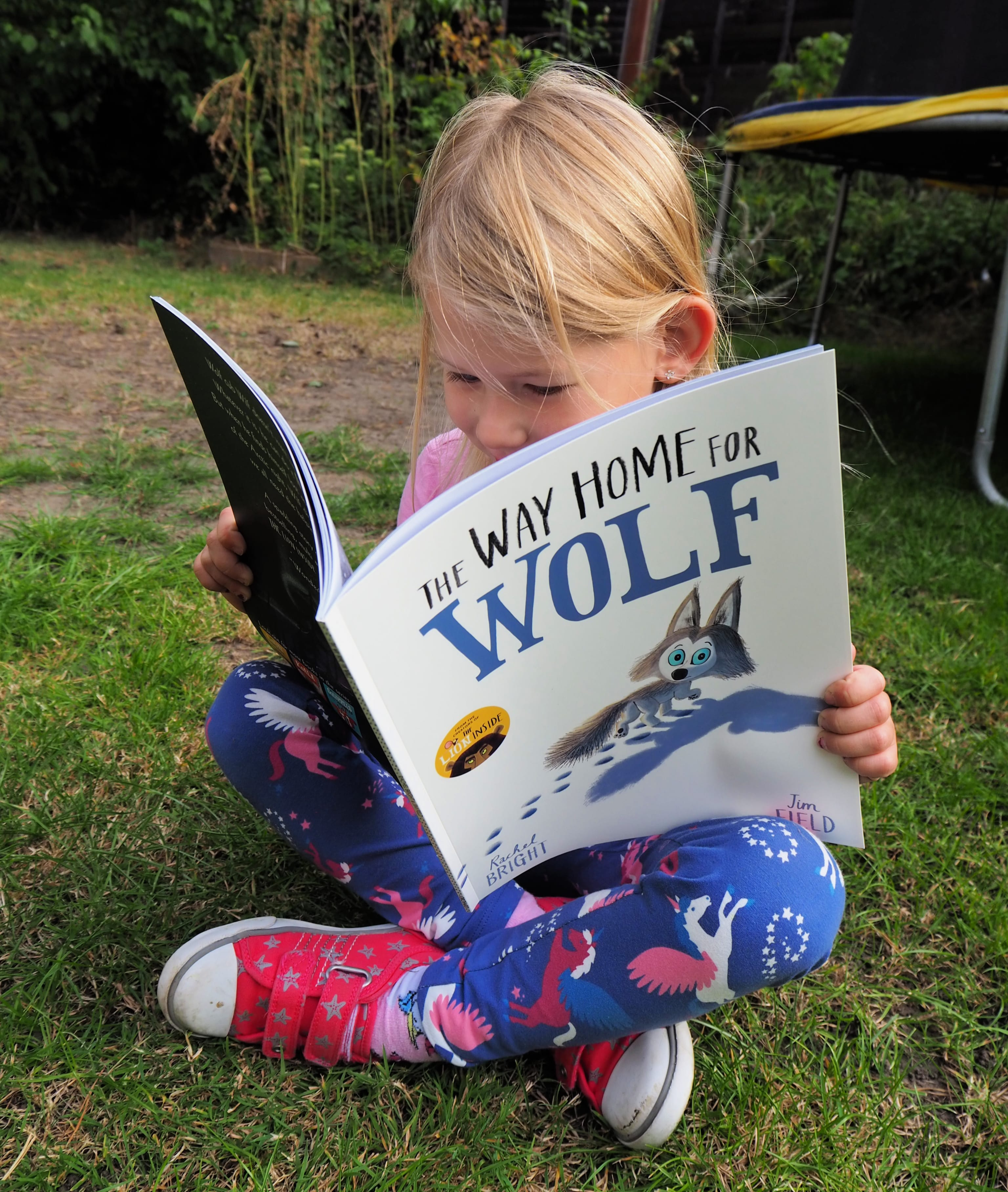 The Way of the Wolf book review - Aria sitting cross legged