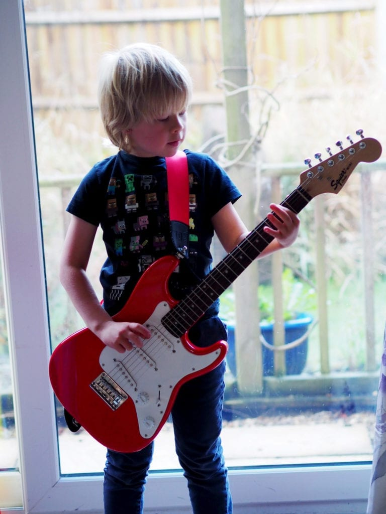 Tips for Buying your Childs First Guitar