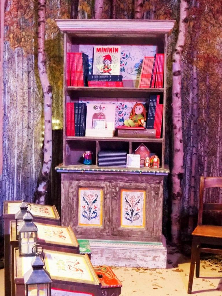 Wishing store bookshelf