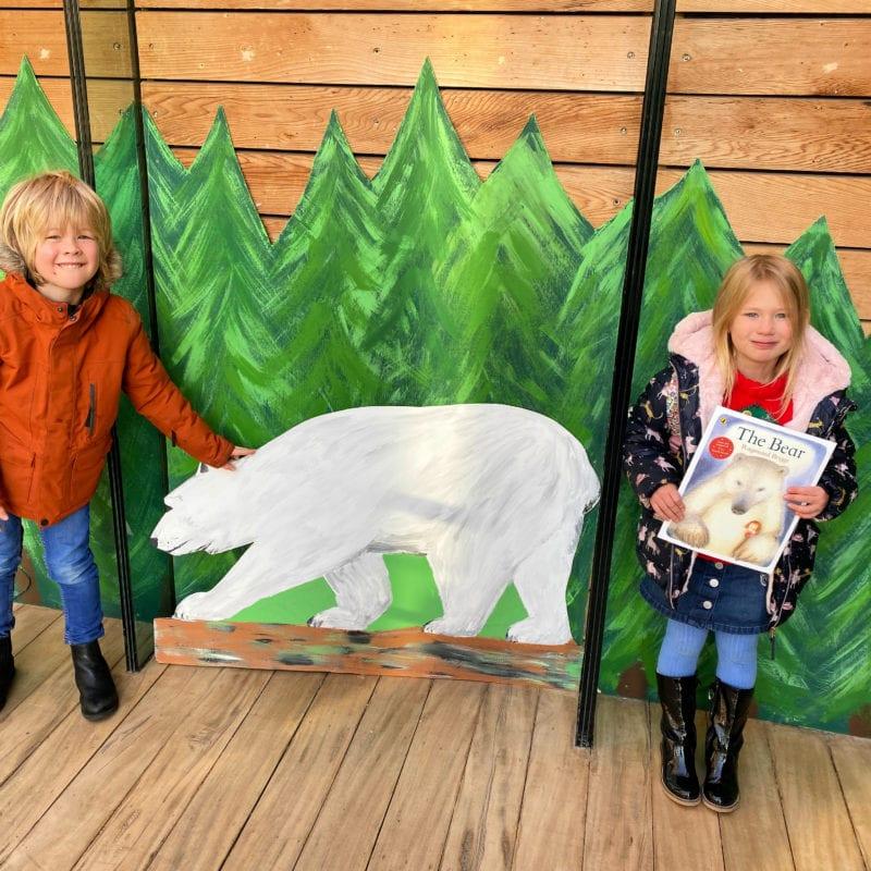 Aria and Logan at The Bear