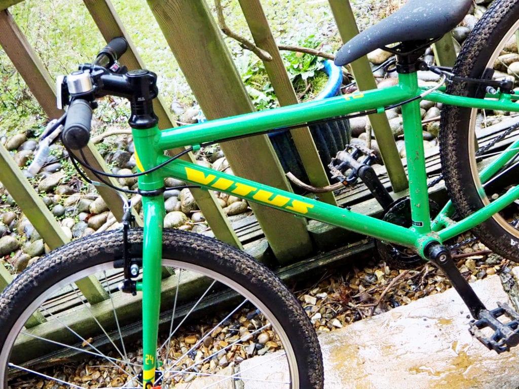 Vitus 24 children's bike close up