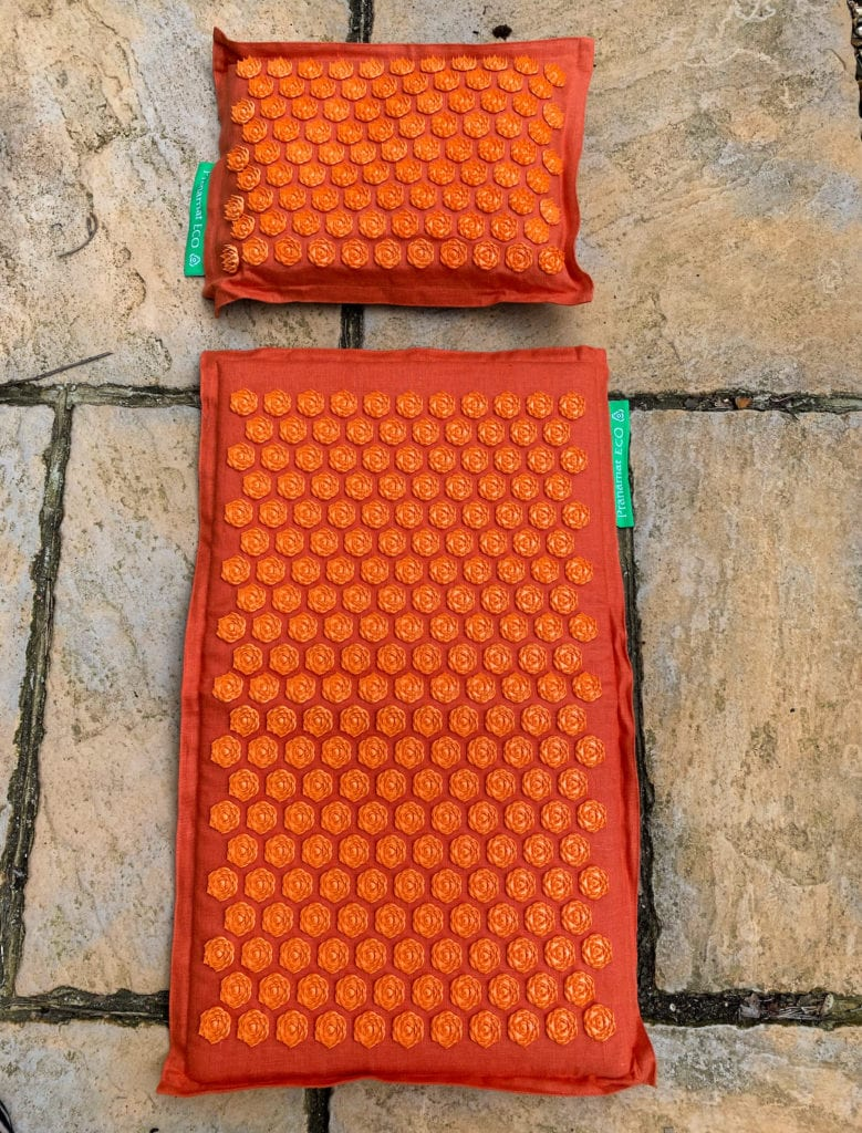 Pranamat ECO bed and pillow set in orange