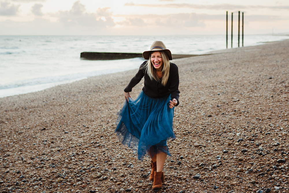 Lisa Rogers - And Then She Clicked